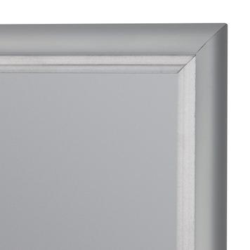 Gümüş Eloksallı 15 mm'lik Alüminyum Çerçeve